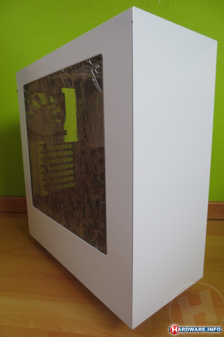 Productervaring nzxt source s340 window white wassabicow for Window design group reviews