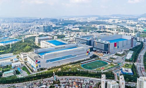 Samsung start als eerste met verkoop DRAM-producten met EUV