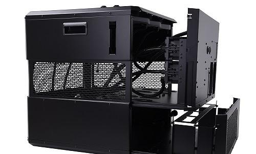 De Mining Cube 300 van Alphacool biedt ruimte aan 9 grafische kaarten en waterkoeling