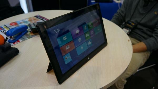 CeBIT: Intel promoot budget Windows 8 tablets van lokale merken