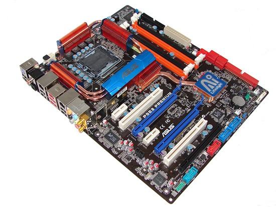 Moederbord van Asus op basis van X48 chipset met 1600MHz FSB