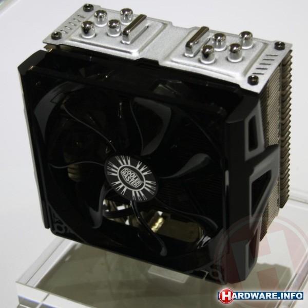 Computex behuizingen voedingen en vapor chamber cpu koelers bij cooler master - Ch amber voor twee ...