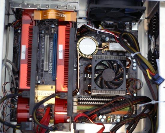 Het testsysteem van Anandtech is gebaseerd op AMD processor en chipset