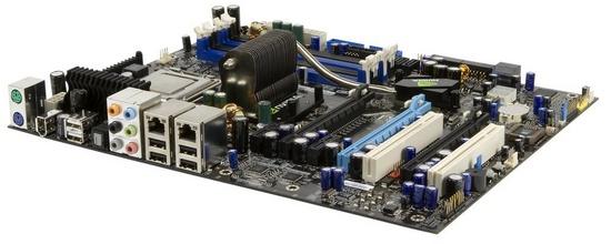 De nForce 680i kan niet overweg met Intel's 45nm processors