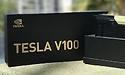Nvidia-CEO deelt eerste Volta V100-GPU's uit aan onderzoekers