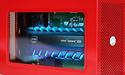 Felrode Thunderbolt-behuizing met zijraam voor Intel Optane 905P