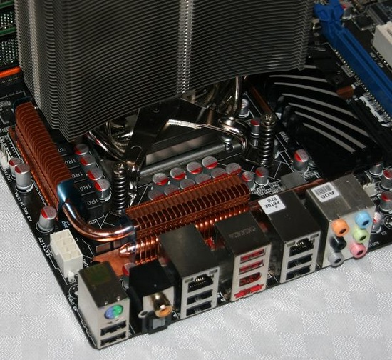 thermalrightultraextreme1366cpucooler4_550