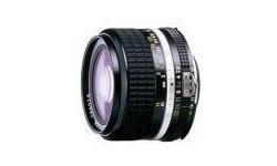 Nikon 24mm f/2.8