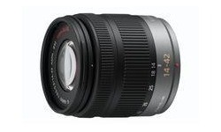 Panasonic Lumix G Vario 14-42mm f/3.5-5.6 OiS
