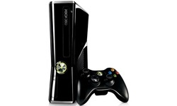 Microsoft Xbox 360 250GB Halo 4 Pack