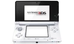 Nintendo 3DS White + Super Mario 3D Land