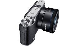 Samsung NX3000 16-50 + 50-200 kit Black