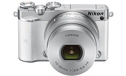 Nikon 1 J5 10-30 kit White