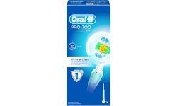 Oral-B Pro 700 White & Clean