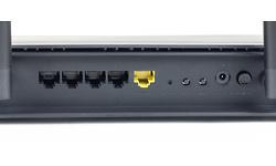 D-Link DIR-878