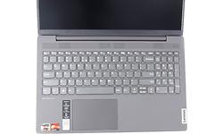 Lenovo IdeaPad 5 (81YQ006JMH)