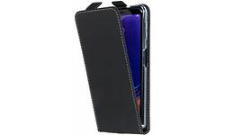 Samsung Accezz Flipcase Samsung Galaxy A7 2018 Cover Black