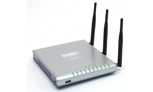 SMC Barricade N ProMax Draft 11n Wireless 4-port Gigabit Broadband Router