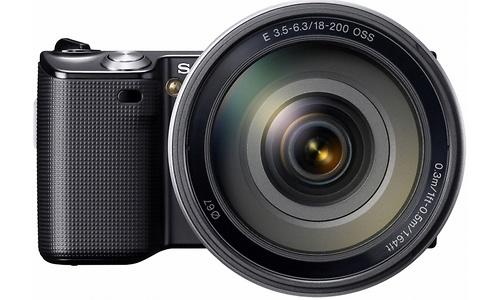Sony NEX-5 18-200mm kit