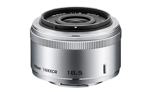Nikon 1 18.5mm f/1.8 Silver