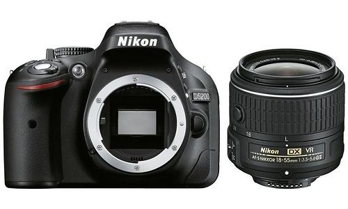 Nikon D5200 18-55 VR II kit