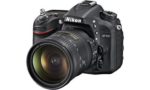 Nikon D7100 18-200 kit Black