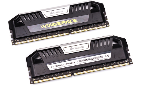 Corsair Vengeance Pro Black 16GB DDR3L-1600 CL9 kit