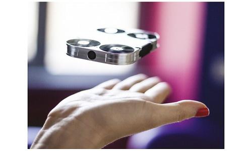 AirSelfie Selfie Drone + Power Bank