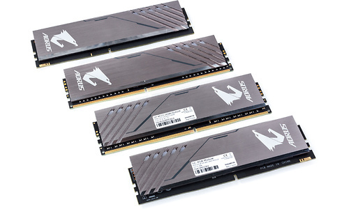 Gigabyte Aorus RGB 16GB DDR4-3200 CL16-18 kit